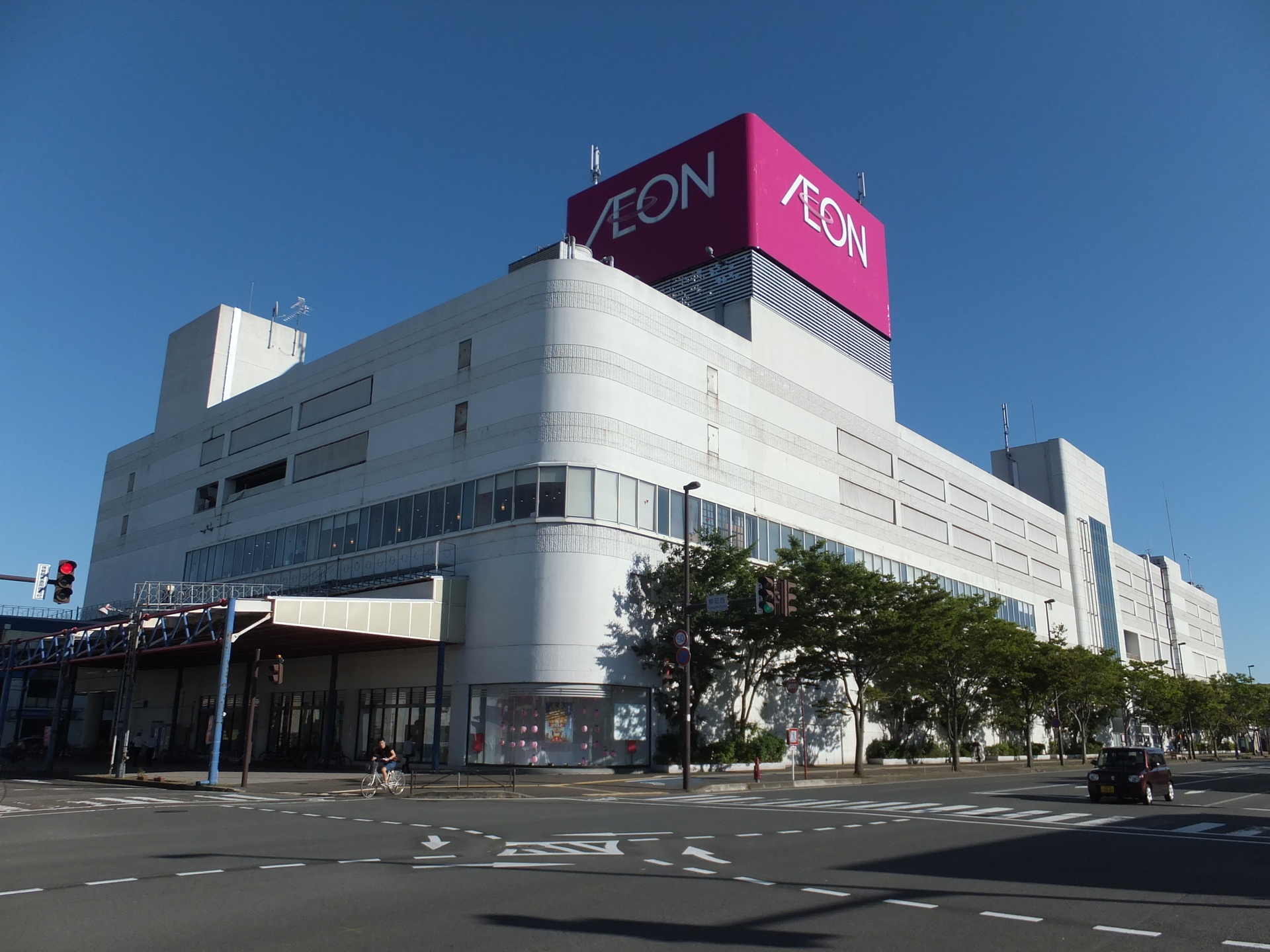 Noshiro_Shopping_Center.jpg